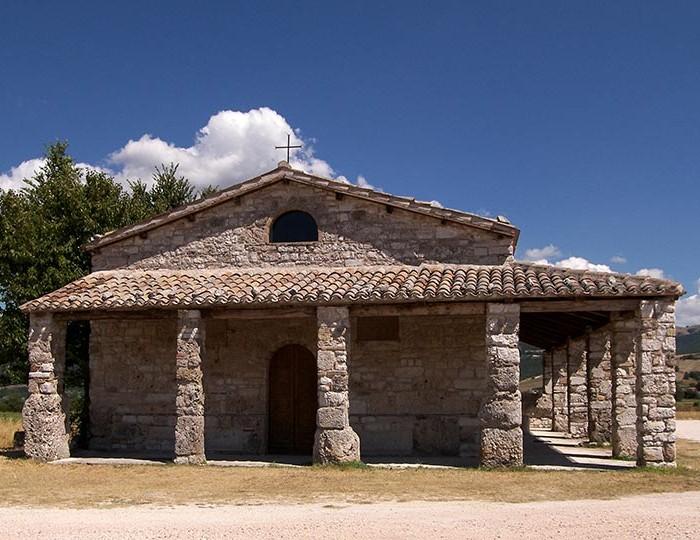 01 Basilica di Plestia - foto Aldo Cavini Benedetti